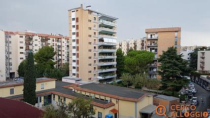 Camere singole per studentesse zona Poggiofranco